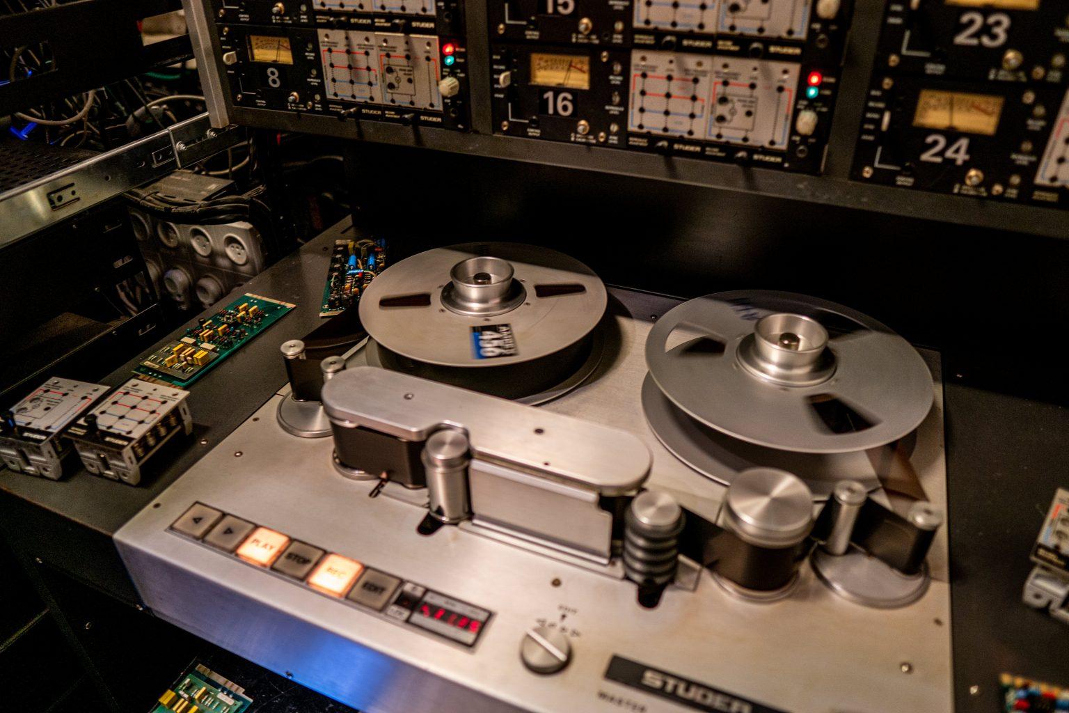 מכונת הקלטה סרט מגנטי
